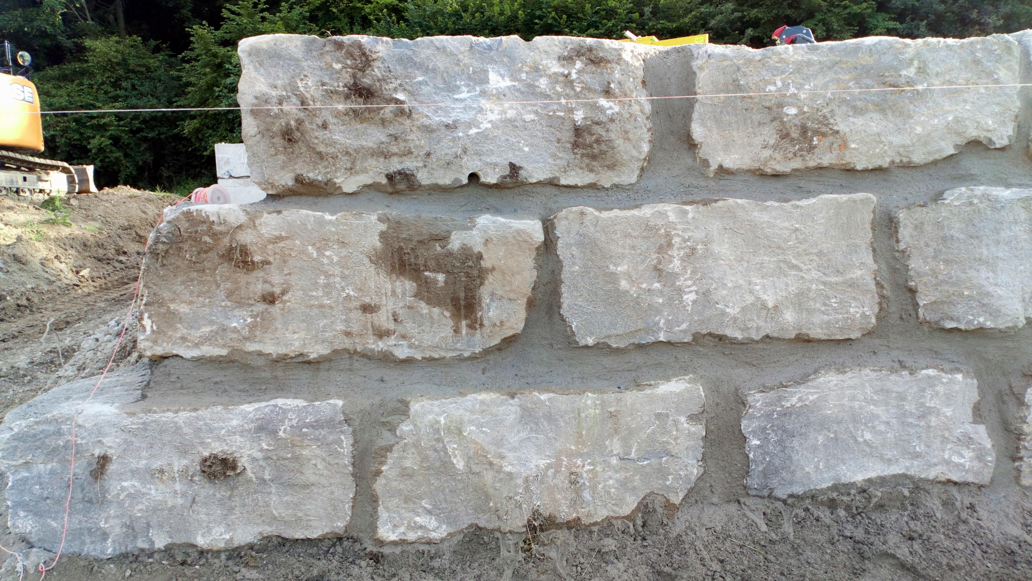 Muschelkalk-Natursteinmauer