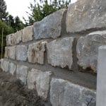 Muschelkalk-Terrassenmauer