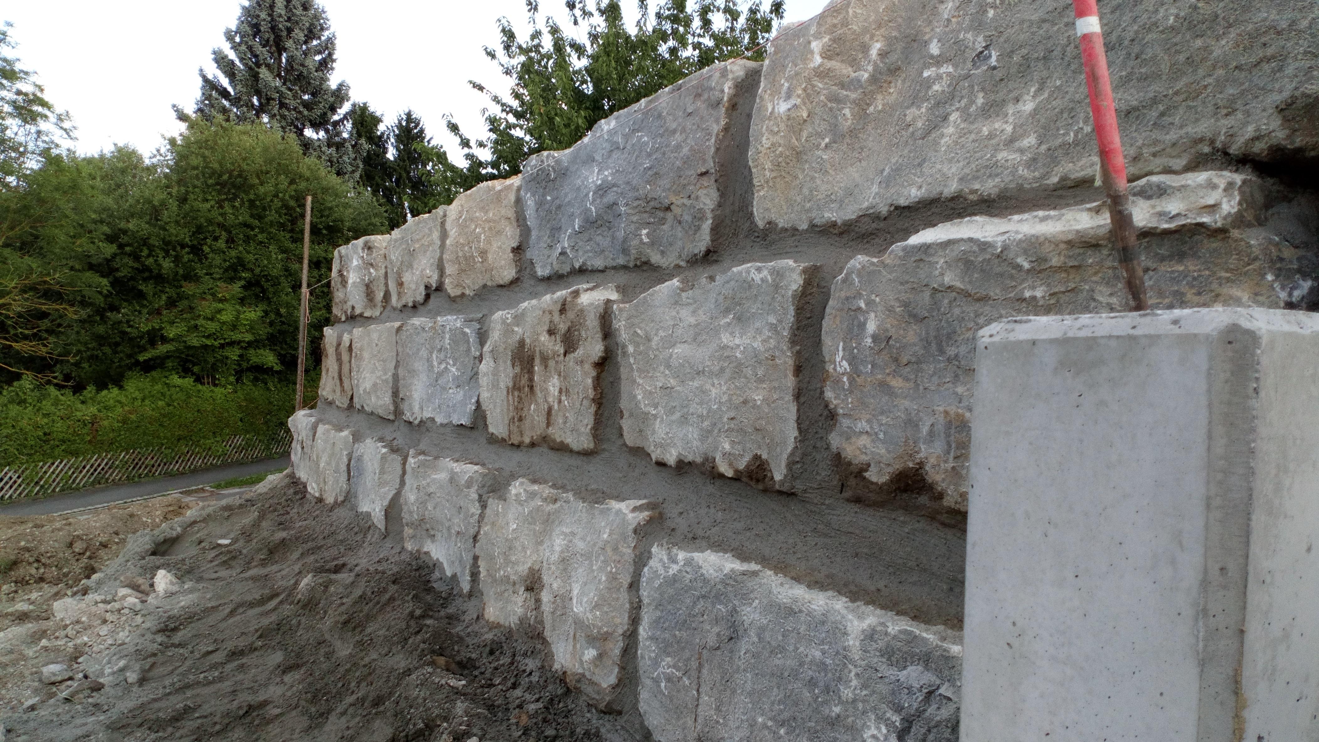 Terrassenmauer Muschelkalk